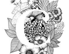 Lámina de la letra M con fondo floral. Gran regalo! Me mensajes para las personalizaciones o piezas de encargadas.  Tinta blanco y negro, más letras del alfabeto muy pronto.