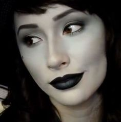 Makeup & beauty tips ! Halloween Costumes With Makeup - Costume Ideas That Only Use Makeup Tutorials White Halloween Costumes, Halloween Fancy Dress, Halloween Kostüm, Black And White Costume, Black And White Makeup, Black White, Make Up Tutorials, Kids Makeup, I Love Makeup