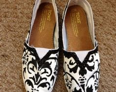 Custom TOMS - Black and White