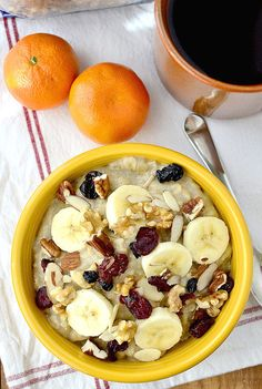 Gluten-free Copycat Starbucks Perfect Oatmeal tastes just like the real thing, yet is easily made at home! #breakfast #glutenfree   iowagirleats.com