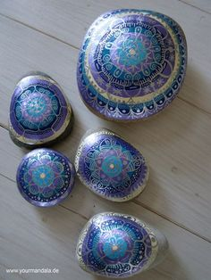 Artistically painted rocks