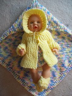 Dolls clothes knitting pattern for 14 inch doll. V Doll 177