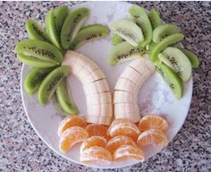 Snack time is so fun with littles! Make a tropical tree snack to warm up those cold winter days!