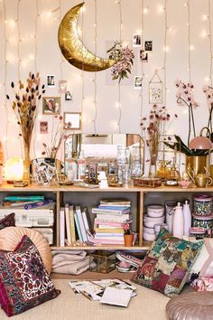 Boho Room, Boho Living Room, Room Ideas Bedroom, Bedroom Decor, Girls Bedroom, Photowall Ideas, Fairy Bedroom, Uni Room, Curtain Lights