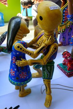 SchoolArtsRoom   Art Education Blog for K-12 Art Teachers: Overjoyed by Oaxaca: Visiting a Family Woodcarver Workshop in San Juan Otzolotepec