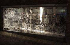 Come vivere in un fumetto: i muri spettacolari di Charlotte Mann - b store