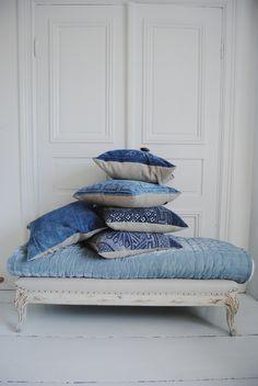 Architecture Decor | Curtains, Fabrics, Pillows & Rugs | ColorDesireBlue || Rosamaria G Frangini ||