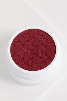 Paradox burgundy eye shadow