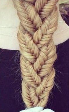 A Whole Month Of New Braided Hairstyles With These 33 Easy Braids New Braided Hairstyles, Pretty Hairstyles, Hairstyles 2016, Layered Hairstyles, Braided Locs, Evening Hairstyles, Teenage Hairstyles, Amazing Hairstyles, Scarf Hairstyles