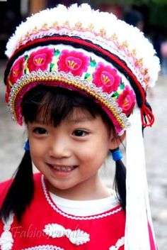 #Chinese girl in Bai #Minority traditional clothes #WindhorseTour