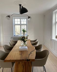Dream Home Design, Home Interior Design, House Design, Esstisch Design, Aesthetic Rooms, Minimalist Home, House Rooms, Home And Living, Living Spaces