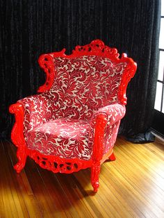 Chair Revamp... A chair fit for a QUEEN B!!!