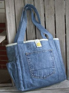 We made our Bayleigh tote in a smaller size so we could use a pair of upcycled jeans. We think it turned out pretty cute! This tote has two Upcycle Jeans Tote by LiliAndLibby on Etsy Denim tote bag with pockets, Bolso con bolsillo Upcycling Bag from Old D Denim Tote Bags, Denim Purse, Denim Bags From Jeans, Jean Purses, Purses And Bags, Denim Crafts, Diy Jeans, Recycled Denim, Fabric Bags