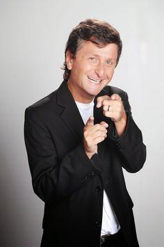 Contratar a Diego Korol: https://worldmusicba.com/contratar-a-diego-korol/ Teléfonos: (011) 4371-7571 - 4371-3092 / Mail: infoguiad@worldmusicba.com / Whatsapp: +5491161373030 (de 10 a 17 hs)