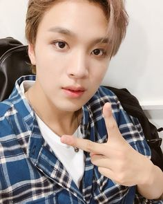 ୨୧ ˻˳˯ₑ*॰¨̮ NCT Dream's Haechan icons [ ❤ or 🔁 if you're using or saving ome of these. Winwin, Taeyong, Jaehyun, Nct 127, Entertainment, Album Releases, Ji Sung, Nct Dream, Boy Groups