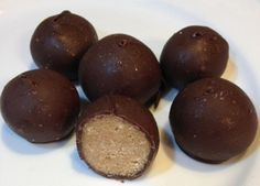 Crunchy Peanut Butter Balls Recipe (also known as Buckeyes) - a must-have Christmas Treat!