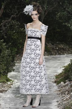 Romantic Chic Lace Dress Chanel Spring Summer 2013 #HauteCouture #Fashion