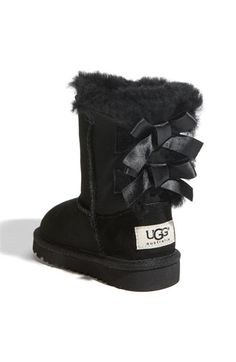 My black bailey bow Uggs! My favorite pair of Uggs the best part is that I've never once seen another person have them. Teen Fashion, Fashion Women, Fashion Trends, Cheap Fashion, Fashion Shoes, Fashion Clothes, Paris Fashion, Fashion Bags, Runway Fashion