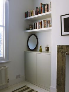 Bespoke fitted wardrobes across three bedrooms in a Victorian terraced home. Alcove Storage Living Room, Bedroom Alcove, Bedroom Bookcase, Alcove Shelving, Alcove Cupboards, Living Room Shelves, Cupboard Shelves, Bedroom Ideas, Master Bedroom