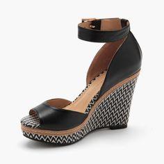 Kayla Leather Wedge in Black (ETURNER)