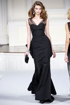 Oscar de la Renta Fall 2010 Ready-to-Wear Fashion Show - Karlie Kloss