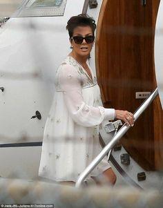 Kris Kardashian Jenner Kardashian Style, Kardashian Jenner, Reality Tv Stars, Kris Jenner, Private Jet, White Mini Dress, Boyfriend, Female, Celebrities