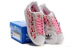 Adidas Shoe Women In Attractive Color
