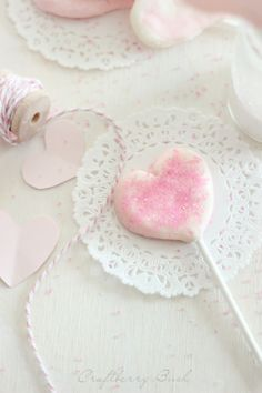 Craftberry Bush: Cream Cheese Mint Heart Lollipops!