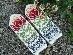 Lotus Socks are also available.