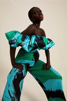 Girls Wear, Women Wear, Spring Fashion, High Fashion, Bold Fashion, Fashion Prints, Fashion Design, Textiles, African Fashion