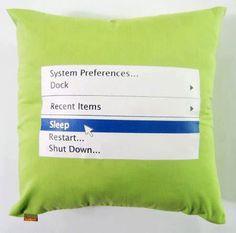 Ближе к концу рабочего дня такие подушки все больше и больше нужны в офисе!