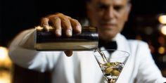 How to Make a Classic Martini Like a Pro