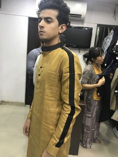 Mens Indian Wear, Indian Men Fashion, Mens Fashion Wear, Latest Kurta Designs, Mens Kurta Designs, Wedding Kurta For Men, Wedding Dress Men, Kurta Pajama Men, Kurta Men
