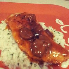 Chicken marsala on a bed of butter rice