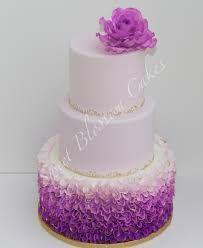 Výsledek obrázku pro СВАДЕБНЫЙ ТОРТ фиолетовый и белый