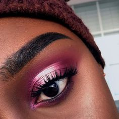 On Wednesdays we wear pink  . . . Key Products Used: @anastasiabeverlyhills @norvina Modern Renaissance Palette, Dip Brow Pomade in Ebony and Sun Dipped Glow Kit @eylureofficial lashes in Definition 126 @elfcosmetics Blush Palette in Dark @lagirlcosmetics Concealer in Espresso for foundation