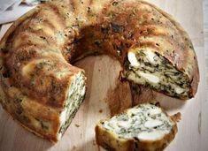 Και ποιος δεν έχει δοκιμάσει σπανακόπιτα; Εμείς σας έχουμε σε αυτή τη συνταγή μια εύκολη και υπέροχη σπανακόπιτα χωρίς φύλλο. Healthy Vegetable Recipes, Vegetarian Recipes, Cookbook Recipes, Cooking Recipes, Keto Recipes, Cetogenic Diet, Greek Cake, Greek Sweets, My Best Recipe