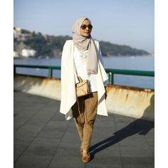 Tips Fashion Untuk Traveling ala Ria Miranda