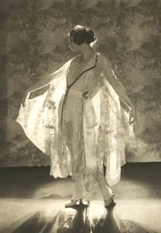 Fabulous fashion from 1919…the beginning of a new era.   Photos by Baron Adolph De Meyer