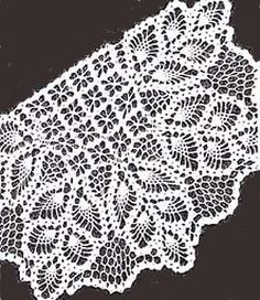 his is a reprint of a vintage pattern br br 's mail order pattern with directions for a Chair Set with pineapple and spider web design motifs This is a Filet Crochet, Crochet Shawl, Crochet Doilies, Web Patterns, Crochet Patterns, Crochet Ideas, Pineapple Crochet, Crochet Curtains, Crochet Home