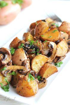 """תפו""""א ופטריות בתנור - אומנות בטבעונות"""