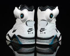 Nike Air Force 180 Pumps