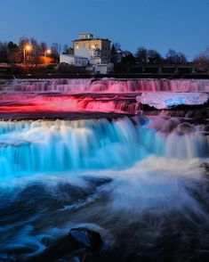 Waterfall in de small historic town of Almonte, Ontario_ Canada The Places Youll Go, Places To See, Top All Inclusive Resorts, Visit Canada, Canada Trip, Canadian Travel, Vacation Spots, Dream Vacations, Vacation Ideas