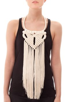 Macrame Fringe Necklace Más