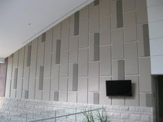 Tectum Fabri-Tough II allows designers to use any suitable fabric on sound-deadening Tectum Wall Panels. Akustik by Marlinahany Acoustic Fabric, Acoustic Wall Panels, Wall Tiles Design, Leather Wall, Function Room, Wall Treatments, Interior Walls, Living Room Designs, Designers