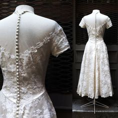 1940s // 1950s Sweetheart Wedding Dress // by thegetupvintage