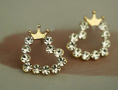 Crowned Shiny Hearts Earrings