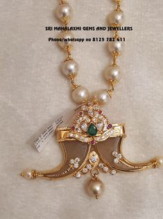 Pure South sea pearls chain in 22 kt Gold Rs 41000 Plus Locket Rs Visit for full variety contact no 8125 782 411 Gold Chain Design, Gold Jewellery Design, Men's Jewellery, Jewelery, Mens Gold Jewelry, Silver Jewelry, Silver Rings, Gold Chocker Necklace, Choker