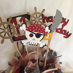 Fiesta de cumpleaños de piratas decoraciones fiesta fiesta Pirate Birthday, Pirate Theme, Boy Birthday, Birthday Parties, Pirate Party Decorations, Photo Prop, Party Package, Crafting, Handmade