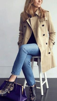Autumn Fashion Burberry Trenchcoat and Chloe Susanna Boots The Fashion Lift, Fashion Mode, Fashion Outfits, Chloe Fashion, Susanna Boots, Trench Coat Outfit, Burberry Trench Coat, Fall Winter Outfits, Minimal Chic